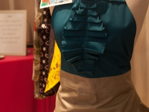 Dassah Apron in Teal and Gold!